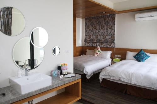 Kamar Quadruple dengan Pemandangan Laut (Quadruple Room with Sea View)