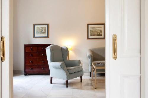 Suite Junior con vistas al jardín  Villa Jerez 4