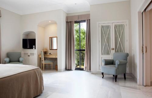 Suite Junior con vistas al jardín  Villa Jerez 3