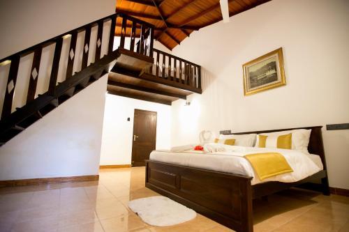 Grand Casa, Kandy