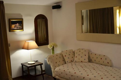 Superior Double Room with Terrace Hotel Galena Mas Comangau 16