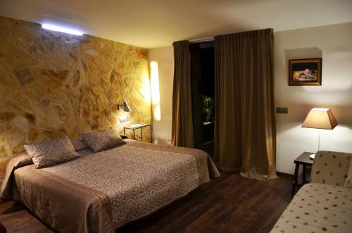 Superior Double Room with Terrace Hotel Galena Mas Comangau 15