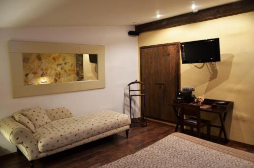 Superior Double Room with Terrace Hotel Galena Mas Comangau 17