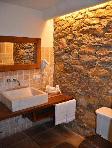 Double or Twin Room Hotel Galena Mas Comangau 5