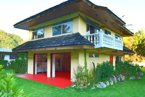 Hana Iti Beach House, Fare