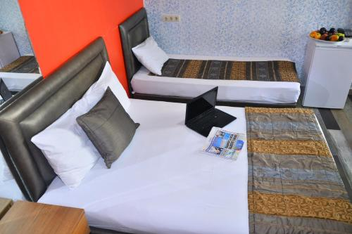 Ayyıldızlar Otel, Estambul