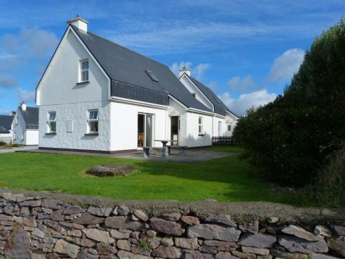 Photo of Skellig Cottages Hotel Bed and Breakfast Accommodation in Ballinskelligs Kerry