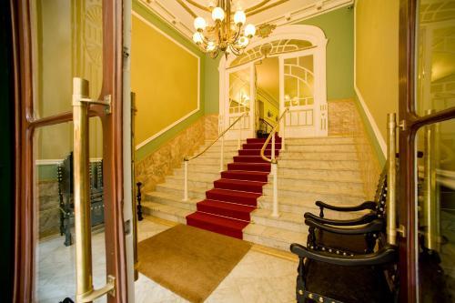 Отель Grande Hotel de Paris 3 звезды Португалия