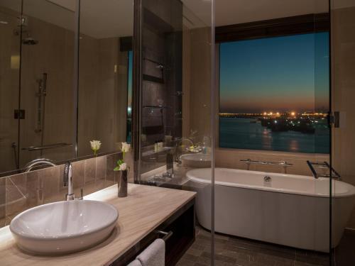 InterContinental Dubai Festival City photo 36