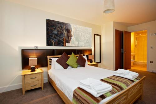 Photo of Staycity Serviced Apartments Arcadian Centre Hotel Bed and Breakfast Accommodation in Birmingham West Midlands