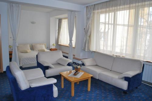 Отель Hotel Residence Inn 3 звезды Республика Македония