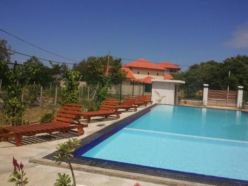 Amanda Beach Resort, Kalkudah
