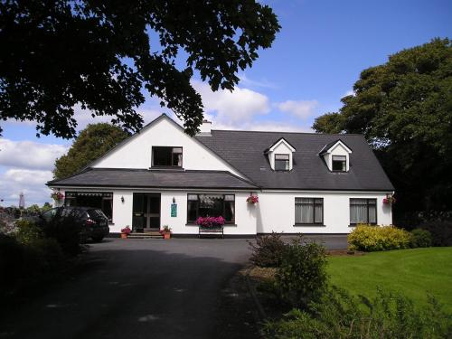 Photo of Mountain View Guesthouse Hotel Bed and Breakfast Accommodation in Oughterard Galway