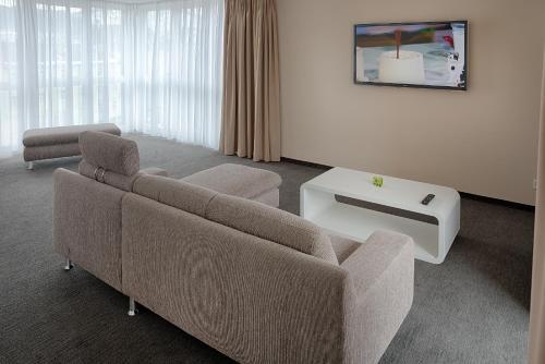 a mara hotel ilmenau n mecko online. Black Bedroom Furniture Sets. Home Design Ideas