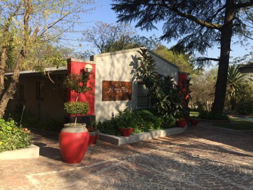 The Haystack On Homestead, Johannesburg
