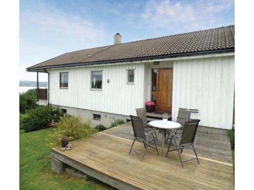 Holiday home Vikersund Øst Modum vei, Vikersund