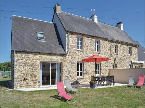 Four-Bedroom Holiday Home in Saint-Germain-sur-Ay