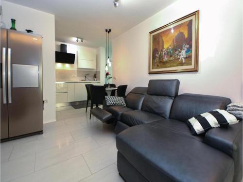 Two-Bedroom Apartment in Portoroz, Порторож