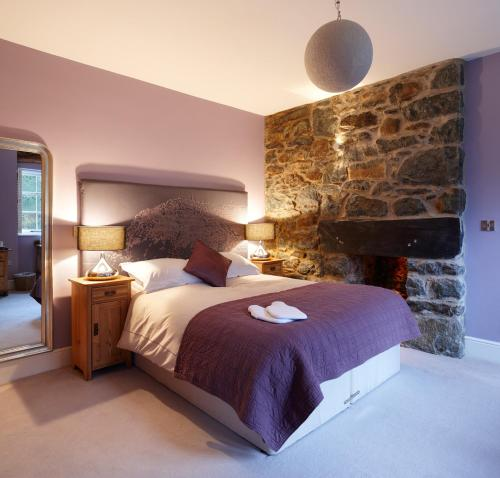 Photo of Cross Foxes - Bar Grill Rooms Hotel Bed and Breakfast Accommodation in Dolgellau Gwynedd