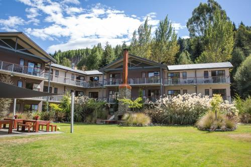 Picture of Shotover Lodge