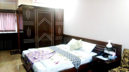 Sultan Restaurant & Guest House, Sreemangal