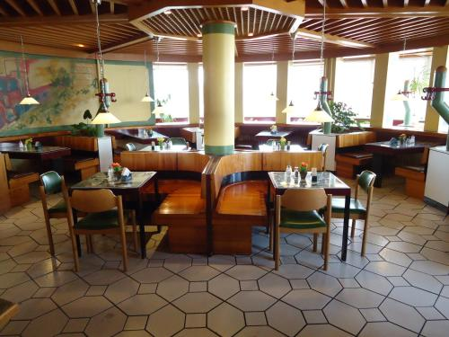 Hotel und Rasthof AVUS photo 32