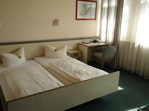 Hotel und Rasthof AVUS photo 35