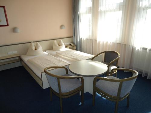 Hotel und Rasthof AVUS photo 42