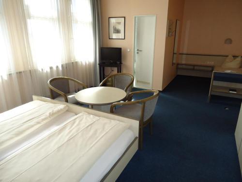 Hotel und Rasthof AVUS photo 43