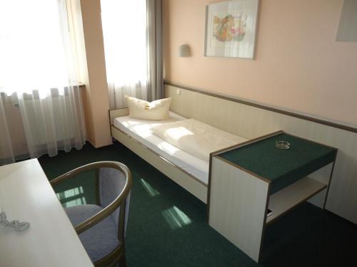 Hotel und Rasthof AVUS photo 45
