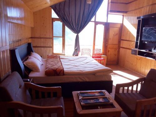 Mountain View Room Near Manali, Palchān