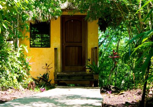 Amber Sunset Jungle Resort, Unitedville