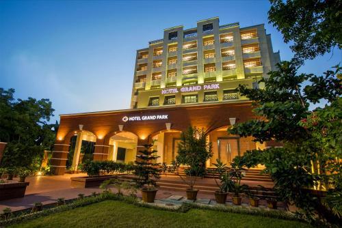 Hotel Grand Park Barishal