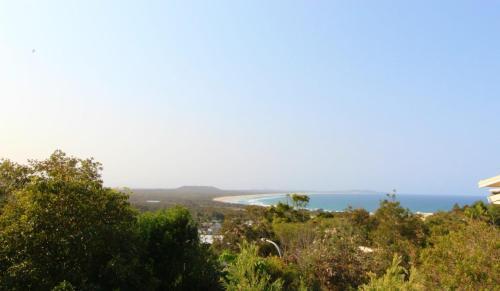 Barefoot, 32 Skyline Crescent, Crescent Head, Crescent Head