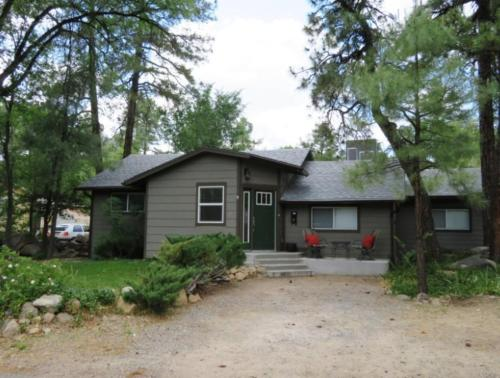 More about Cottage in the Pines