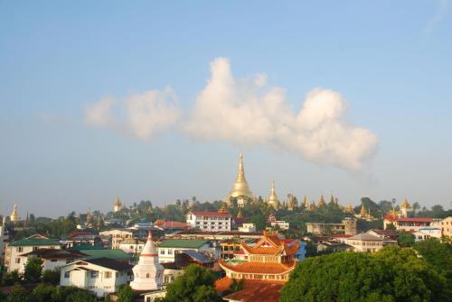 Pleasure View Hotel, Yangon