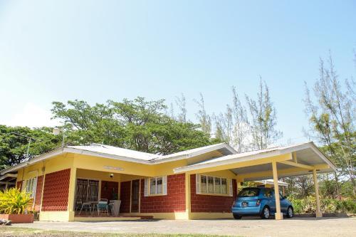 Lagoona Villa, Bon Accord Village