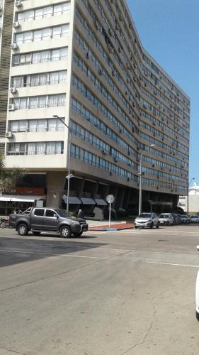 10 Edificio Santos Dumont, Punta del Este