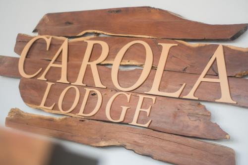 Carola Lodge, Ica
