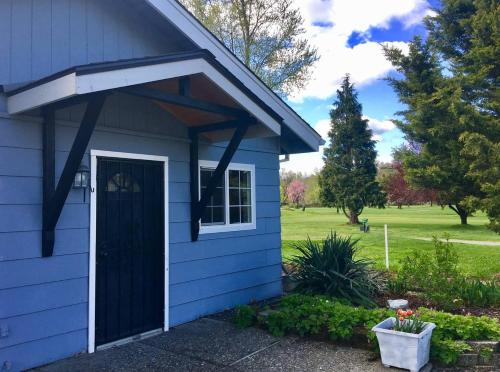 *NEW* Racing Horse Guest House~FREE UNLIMITED GOLF