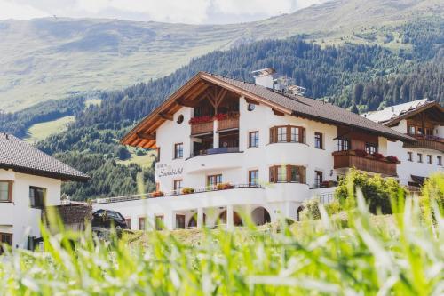 Haus Sunnbichl, Fiss