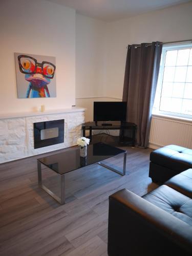 20A Victoria Avenue Apartment