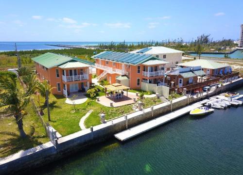 SeaBreeze Vacation Villas, Freeport
