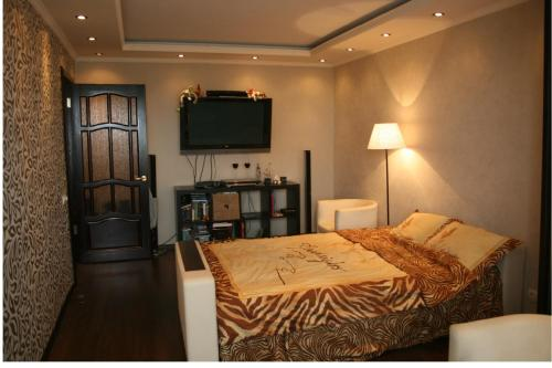 Apartment on Elkina 49 apt. 131