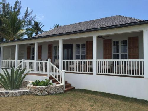 French Leave South Beach Dogtrot Villa, Colebrooke Dale