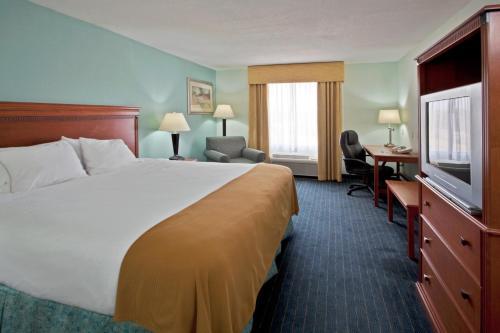 Holiday Inn Express Lake Okeechobee