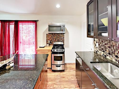 11631 Ne 92Nd Street Apartment Apts