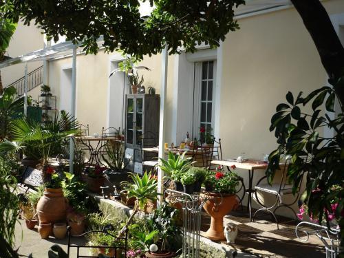 Logis h tel villa victorine h tel 11 avenue du docteur for Logis hotel meuble emile rey