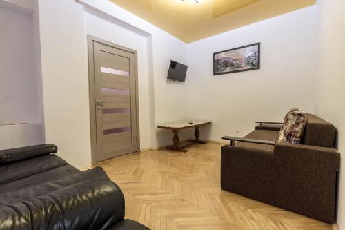 ЦЕНТР 2 кім.квартира на 6 осіб, Lviv