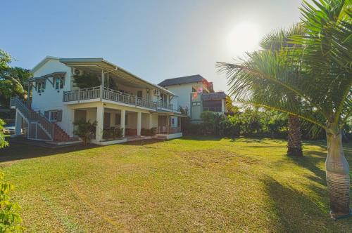 Tamarin Bay House by StayMauritius, Ривьер-Нуар